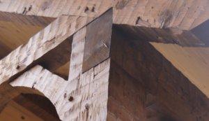 Exterior cornerstone beams